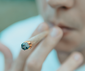 que-sintomas-puede-presentar-una-persona-adicta-a-la-marihuana